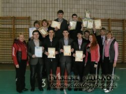 Чемпіонат з футболу серед учнів 9-11 класів.